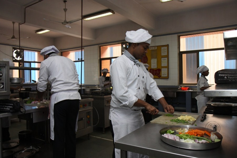 Certification Hotel Management & Catering Technology (CHMCT)