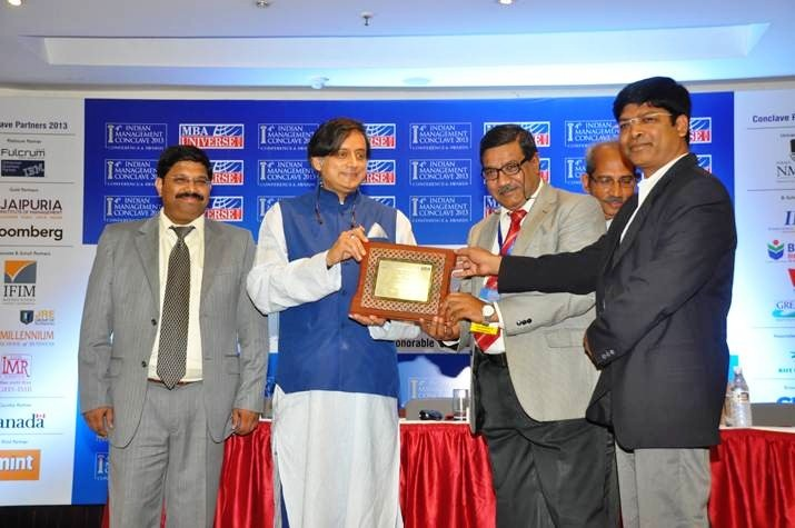 Dr. Shashi Tharoor presents Goa Institute of Management with the IMC Award 2013