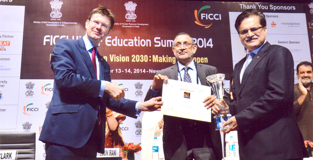 BITS Pilani receives Excellence in ICT integration award from FICCI