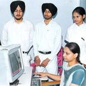 Khalsa College of Nursing, Amritsar - Computer lab - Khalsa College of Nursing, Amritsar - Computer lab