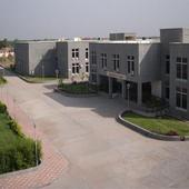 Side view of Campus - Side view of Campus