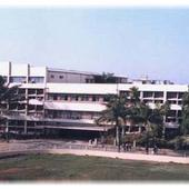Vidyavardhinis Annasaheb Vartak Arts Commerce Science College - Building Long Full View - Vidyavardhinis Annasaheb Vartak Arts Commerce Science College - Building Long Full View