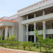 College Campus & Building - College Campus & Building