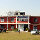 College Building & Campus - College Building & Campus
