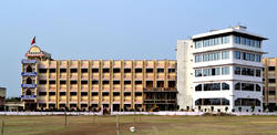 College Building - Agnihotri College of Pharmacy, Wardha