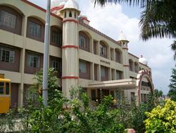 College Building - SHRI VAISHNAV INSTITUTE OF TECHNOLOGY  SCIENCE
