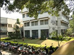 College Building Front View and Parking - Dr BNCollege of Architecture for Women,Pune